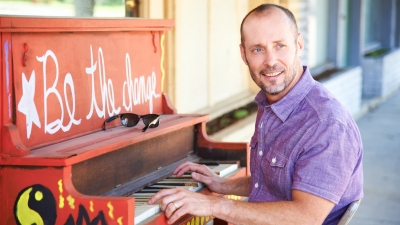 OFOAM Presents Paul Thorn at Peery's Egyptian Theater